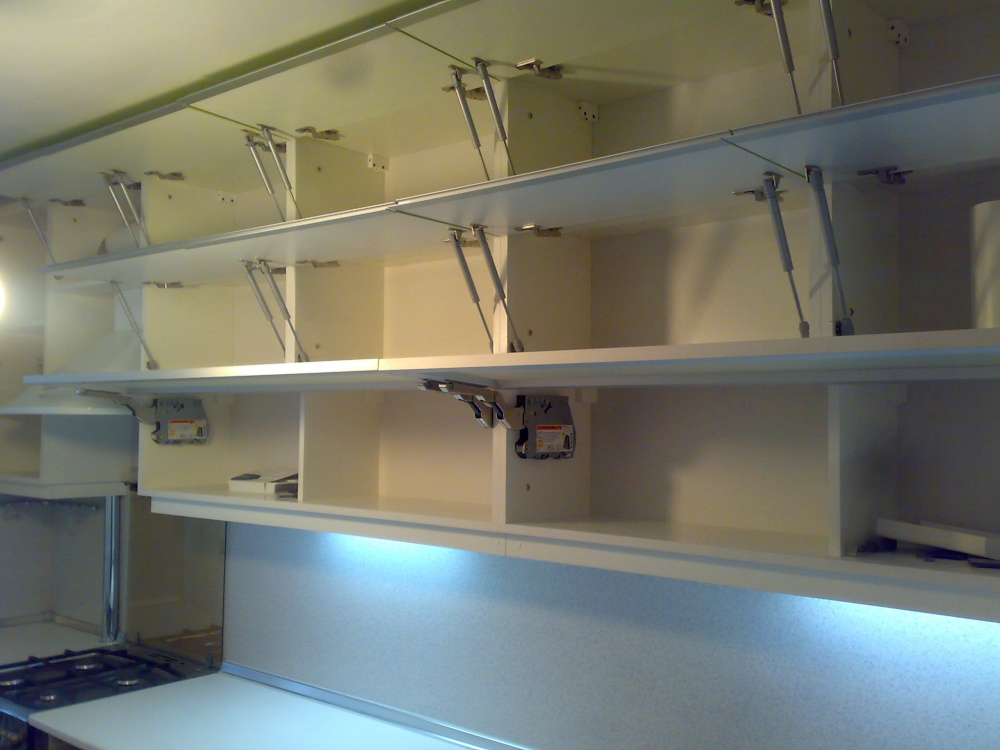 Верхний шкаф для кухни