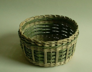 Плетение из газетных трубочек: мастер-класс