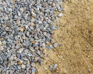 Сколько в тонне кубов песка, щебня, бетона, воды
