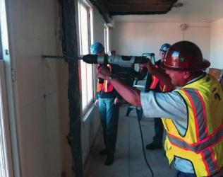 Как правильно сверлить бетон - советы от профессионалов