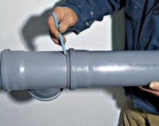 Как не допустить ошибки при врезки в канализационную трубу